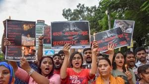 Members of different organisation staging a protest march against the recent incident of Muzaffarpur shelter home rape case.(PTI Photo)