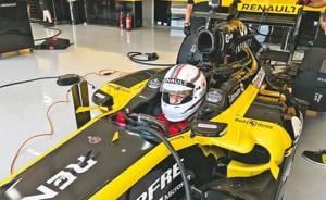 The acceleration of the Lotus-Renault E20 is so violent that it feels like you've been strapped onto a Brahmos missile