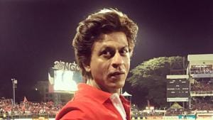 Shah Rukh Khan poses before the Trinbago Knight Riders and St Lucia Stars game.(Twitter)