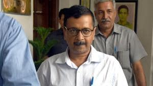 Delhi chief minister Arvind Kejriwal went for a surprise visit to a mohalla clinic in East Delhi's Kondli area on Tuesday on complaints that medicines were not available.(Sushil Kumar/HT PHOTO)