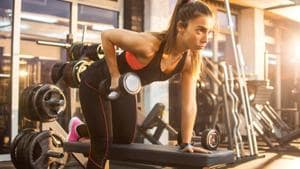 Resistance training can maintain and increase muscle strength and functional capacity when ageing and it is recommended for older adults at least twice a week.(Shutterstock)