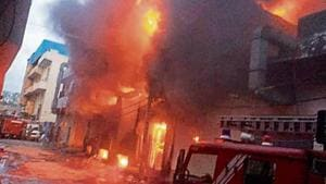 The fire broke out around 3.50am on Saturday.(HT PHOTO)