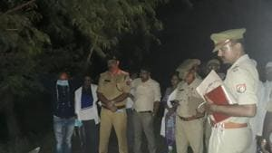 The Unnao police Saturday exhumed the body of Yunus Khan, a key witness in the alleged murder of Unnao rape victim's father in April, amid strong opposition from Khan's family.(HT Photo)