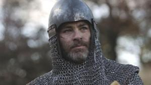 This image released by Netflix shows Chris Pine in a scene from David Mackenzie's Robert the Bruce epic Outlaw King, premiering on November 9.(AP)