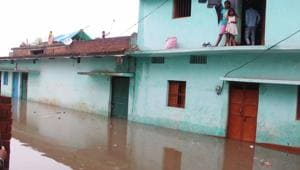 The district collectors have been asked to ensure that evacuated people are properly sheltered and cooked food, safe drinking water and health facility are made available to them.(HT File Photo)