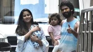 Mira Rajput with her son Zain, Shahid Kapoor and daughter Misha after getting discharged from Mumbai's Hinduja hospital on Friday.(Viral Bhayani/Instagram)