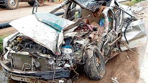 A 23-year-old drunk man ran his car over people sleeping on a pavement in western Delhi's Rajouri Garden early on Sunday, leaving two dead and two injured.(HT File Photo)