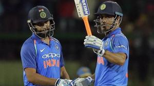 Asia Cup 2018: MS Dhoni, Rohit Sharma fine tune batting skills in nets – Watch video
