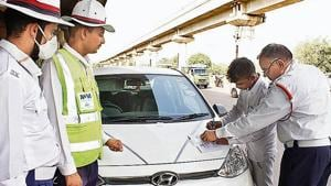 According to data from the traffic police, as many as 8.6 lakh fines were issued until August 31.(Yogendra Kumar/HT PHOTO)