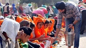The community kitchens of remaining eight gurdwaras will switch to biofuel by the end of 2019 in a phased manner.(HT FILE PHOTO)