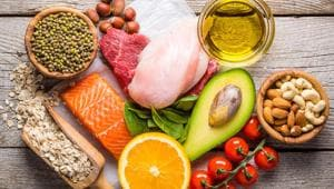 Eat a Mediterranean diet for lowering the risk of stroke and heart disease.(Shutterstock)