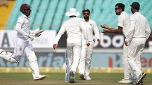 Ravindra Jadeja dislodges the bails to run-out West Indies batsman Shimron Hetmyer.(AFP)