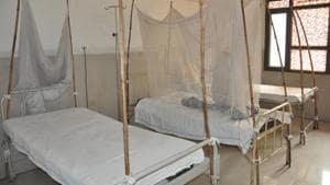 A view of the dengue ward at Civil hospital in Amritsar.(Sameer Sehgal/HT)