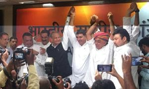 Analysts say Manvendra Singh's entry will give the Congress a hold among the Rajput community that has generally stayed away from it.(HT Photo)