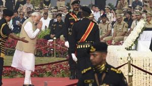 Speaking at the occasion on Sunday, PM Narendra Modi remembered policemen serving in the disturbed areas of Jammu and Kashmir and Maoist-affected areas.(Arvind Yadav/HT Photo)