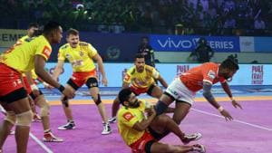 Gujarat Fortunegiants climbed to third in the Zone A table with the win over Puneri Paltan.(Pro Kabaddi)