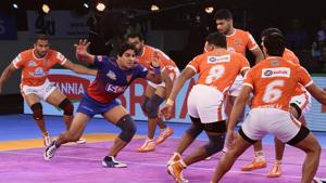 Puneri Paltan extend their lead at the top of the table.(Pro Kabaddi)