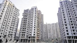 Noida residents who own plotted houses or independent bungalows will soon be able to get floor-wise registration of flats built on residential plots.(HT Photo)