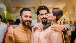 Sonam Kapoor shared a throwback picture to wish her brother Harshvardhan Kapoor on his birthday.(Facebook)