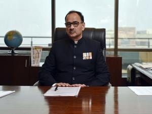 CBI director Alok Verma explained his position during an examination by the CVC, which summoned him in connection with charges of corruption that Asthana has levelled against him.(Ravi Choudhary/HT PHOTO)