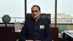 The commission was supposed to examine CBI chief Alok Verma on Thursday but he refused to be examined as one of the vigilance commissioners, TM Bhasin, was not present in office, which meant the examination was postponed till Friday.(HT Photo)