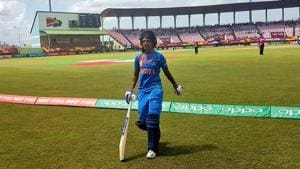 Harmanpreet Kaur became first Indian women to score a T20 hundred.(Twitter)
