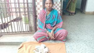 When Minati Munda (pictured) wanted to take her husband's body back to Keonjhar, hospital authorities allegedly demanded Rs 300 as charges for hiring the hearse, which is usually free under the state government's Mahaprayan scheme.(HT Photo)