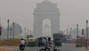 India is second to Nepal, which recorded the highest PM 2.5 concentration globally in 2016, and a consequent decline of 4.4 years in life expectancy, said a report on the effect of air pollution on life expectancy in different parts of the world.(AFP)