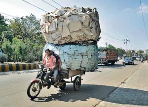 A jugaad vehicles in Ghaziabad.(Sakib Ali/Hindustan Times)