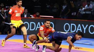 Gujarat Fortunegiants beat Haryana Steelers in the Pro Kabaddi League 2018.(PKL)
