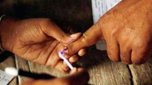 Uttar Pradesh Congress media coordinator Rajiv Buxi said the staff associated with the exercise of revision of electoral rolls was being pressured for political gains.(Representative image)