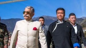 Arunachal Pradesh governor Brig (Retd) BD Mishra (L) with Arunachal Pradesh chief minister Pema Khandu on November 28.(Twitter Photo/Pema Khandu)