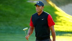 FILE PHOTO: Tiger Woods reacts to his putt on the 14th green during a match.(USA TODAY Sports)