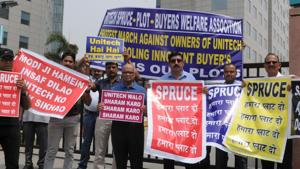 Flat buyers in many Unitech projects in NCR have been protesting against delayed possession deadlines.(HT File)