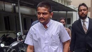 Patidar Anamat Andolan Samiti (PAAS) leader Hardik Patel has been pressuring legislators to clear the bill in the assembly during the next budget session in February-March, just ahead of the 2019 Lok Sabha elections.(PTI)