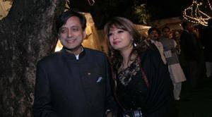 Sunanda Pushkar Tharoor and Shashi Tharoor at Jatin Prasad's wedding reception on February 17, 2010 in New Delhi.(HT file photo)
