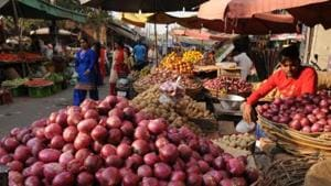 A farmer from Maharashtra's Ahmednagar district has sent a money order of Rs 6 to Chief Minister Devendra Fadnavis to mark his protest against crashing prices of onions and paltry returns.(HT File Photo)