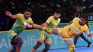 Telugu Titans are now just two points behind Patna Pirates in the Zone B Table.(Pro Kabaddi)