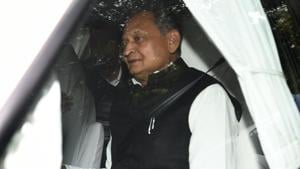 Supporters to welcome Gehlot, speculations over the CMface continues
