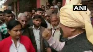 A Bharatiya Janata Party (BJP) legislator was caught on camera threatening a woman bureaucrat in Uttar Pradesh's Agra, boasting about his power as a politician.(ANI)