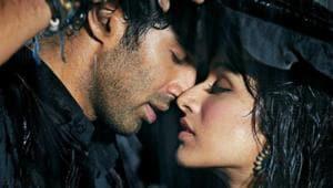 Ashiqui 2 starred Aditya Roy Kapur and Shraddha Kapoor.
