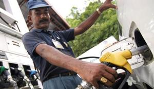 India's oil and gas subsidies fell by 70% from financial year (FY) 2014 to FY 2017.(HT File Photo)