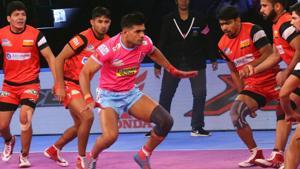 Bengaluru Bulls beat Jaipur Pink Panthers 40-32(Pro Kabaddi League)