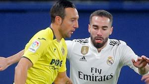 Villarreal's Santi Cazorla in action with Real Madrid's Dani Carvajal.(REUTERS)