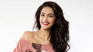 Actor Sonam Kapoor will be seen in the film Ek Ladki Ko Dekha Toh Aisa Laga where she shares screen space with father Anil Kapoor for the first time.