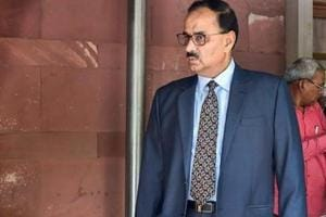 Alok Verma esponded to the letter from MHA dated January 30, reiterating his position that he had already retired from the service on July 31, 2017 and was serving the tenure of director CBI.(PTI)