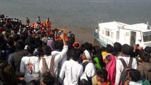 Six people died and 34 were rescued after a boat capsized in the Narmada river near Bhushangaon village in Maharashtra's Nandurbar district on Tuesday, police said.(ANI Photo/Twitter)