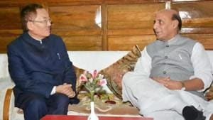 Sikkim Chief Minister Pawan Kumar Chamling during a meeting with Union Home Minister Rajnath Singh.(PTI File Photo)
