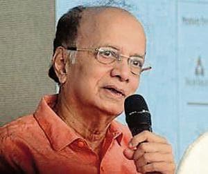 Dilip Prabhavalkar at PIFF on Wednesday.(Ravindra Joshi/HT PHOTO)