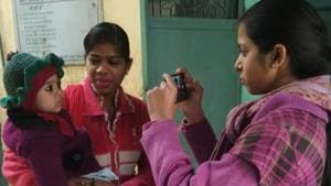 Students use cell phones to screen rare eye cancer in Delhi, here's how you can too check yours